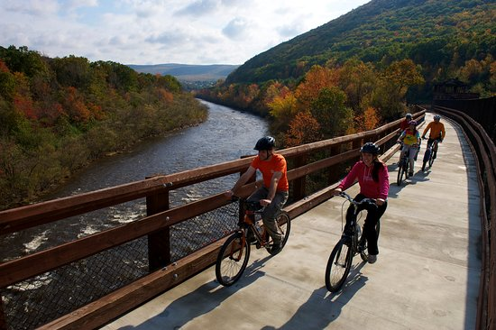 Sync Recovery Adventure-Bike the Lehigh Gorge